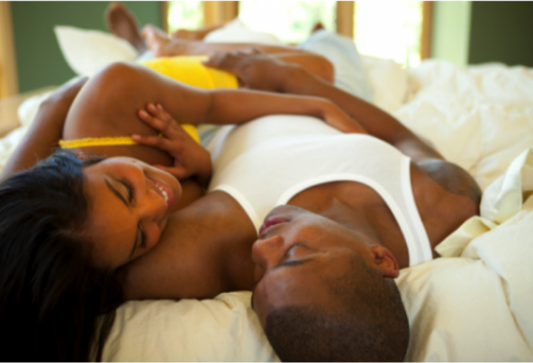 Black-couple-in-bed-II_Naijapals[dot]com