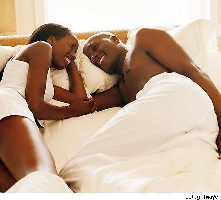 black-couple-taking-bed-450pk061110_Naijapals[dot]com