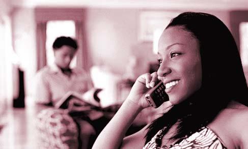 Black_woman_cheating_phone2